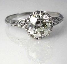 Vintage wedding ring. Gorgeous..