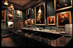 The Garrick Club, Lo