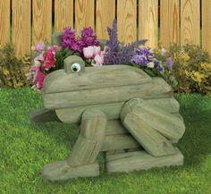 Rattle snake planter made from landscape timbers   Planter Woodworking Plans - Landscape Timber Frog Planter Plans