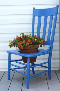 Southern Scraps : Chair to planter