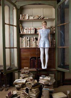 Emma Watson--book worm.  @Sara Triana Mitchell reminds me of you!