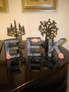Sue posted this scary project on our Facebook wall. She used our 3D letters SVG Collection! http://svgcuts.com/index.php?main_page=product_info=12_id=267