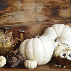 i love the look of the white pumpkins!