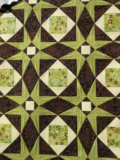 Green Fairy Quilts - love the color and secondary pattern