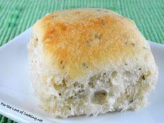 herb dinner rolls
