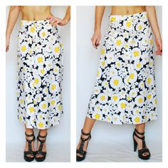 Daisy Flower Print Maxi Skirt 1960s 60s High Waisted Long Black Yellow White Button Up Front Bold Fun Groovy Original Label Small Medium