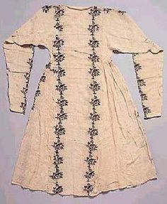 Extant 14th C. chemise, persian
