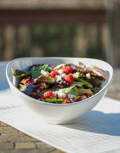 Mixed Greens with Fresh Raspberries, Feta Cheese and Pecans in a Raspberry Vinaigrette salad, raspberri vinaigrett, experiment kitchen, food, mix green, pecans, fresh raspberri, raspberries, feta chees