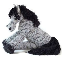 Knit Pony (free pattern when create account)