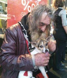 Homeless man reunited with his dog #pettalkradio