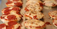 pizza bagel recipe using union-made ingredients!