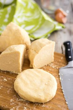 The World's Best Paleo Pie Crust #diet #paleo #recipes paleoaholic.com