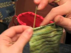 Knitting for speed and efficiency. I really want to learn this lever process. Vogue knitting live Chicago class is sold out. :(