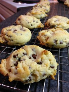 theFoodette - Adventures in my Kitchen: Egg-less Chocolate Chip Cookies