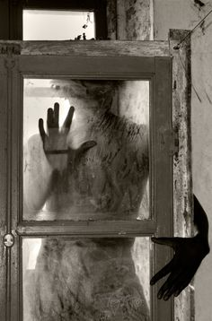 Roberto Palladini - The Window, 2012.