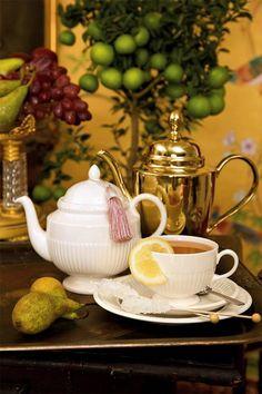 Elegant tea set!