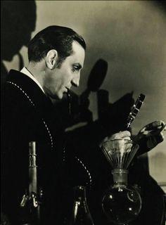 Basil Rathbone-Sherlock Holmes