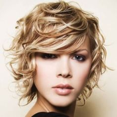 Find cutest shoulder lenght hairstyles here!