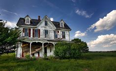 Abandoned House - On Maryland's Eastern Shore