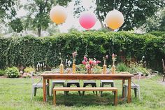 Pink backyard baby shower in New Jersey | Love Sylvia Photography | 100 Layer Cakelet #babyshower #balloons