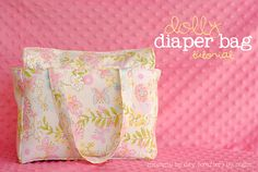 Mommy by day Crafter by night: Dolly Diaper Bag + Tutorial = adorable! little girls, doll accessories, diaper bags, diy crafts, baby dolls, diy project, bag tutorials, bag patterns, american girls