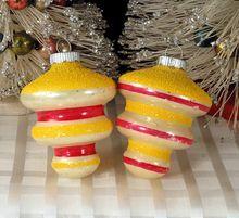 Unusual Pair Vintage Shiny Brite Lemon Yellow Mica Tornado Shaped Glass Christmas Tree Ornaments glas christma, antiquevintag christma, vtg christma, vintag ornament, christma ornsbulb, christma ornament, christmas trees, christma kiss, christmas tree ornaments
