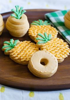 How good do these Pineapple Cookies look?