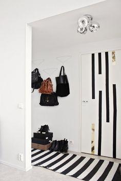 hallway hooks DIY idea