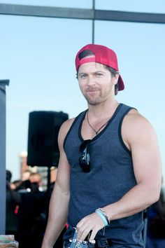"""kip moore 