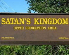 Funny Signs Vol. VIII: 21 More of the Stupidly Weird !! Funni Sign, Camp, Laugh, Funny Signs, Rivers, Place, Satan, Roads, Funny People