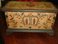 """AN OUTSTANDING PAINT DECORATED MINIATURE BLANKET CHEST """"3 FOOTER"""", GORGEOUS !! CA.1900-1940,EXCELLENT ORIGINAL OVERALL COND. WONDERFUL.   Sold   Ebay   475.00.     ~♥~"""