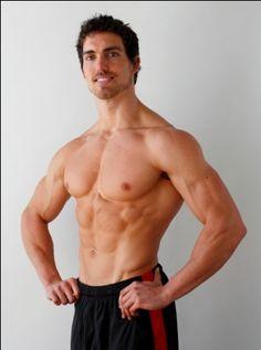 Derek Tresize - Plant Strong Bodybuilder