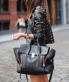 Black zipper carryall