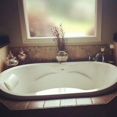 Bath tub! Yes please