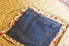 Using jeans to make hot pads