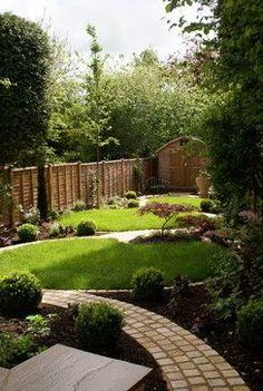 Meandering garden path-Green Tree Garden Design Ltd