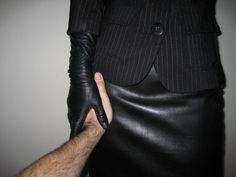 #FemDom #BDSM #Leather #Gloves