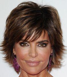 Lisa Rinna Layered Razor Cut - Layered Razor Cut Lookbook - StyleBistro
