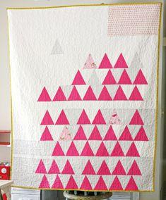 field, triangl quilt, eleph stitch, white spaces, baby quilts, baby quilt patterns, triangle quilts, blue eleph, modern quilt