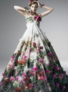 Floral Couture Wedding Gown by Yumi Katsura