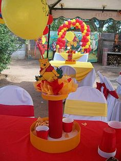 mesa de fiesta infantil | Decoracion de Fiestas Infantiles, Winnie Pooh, Centros de Mesa