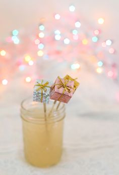 DIY Mini Present Drink Stirrers