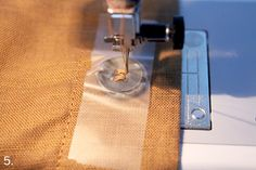 TUTORIAL: SEWING BUTTONS WITH YOUR MACHINE