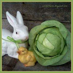 How to make this FAUX CABBAGE FROM COFFEE FILTERS/ so cute at Easter with a rabbit