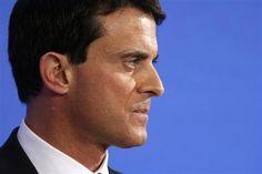 Manuel Valls lance un avertissement aux ouvriers en colère - http://www.andlil.com/manuel-valls-lance-un-avertissement-aux-ouvriers-en-colere-90117.html