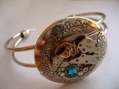 KoollooK®: Locket Cuff Bracelet