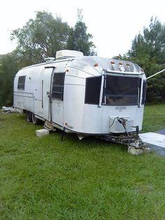 1972 Avion T28 camper / travel trailer.....WANT!!!!!!!