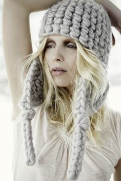 wooly on pinterest chunky knits chunky knit sweaters. Black Bedroom Furniture Sets. Home Design Ideas