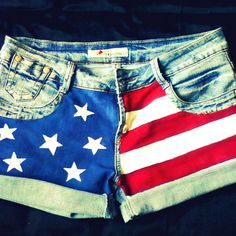 DIY Painted American Flag Shorts! @Rachel Adams concert shorts.. but rebel flag :)