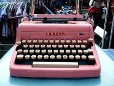 pink typewriter!! <3